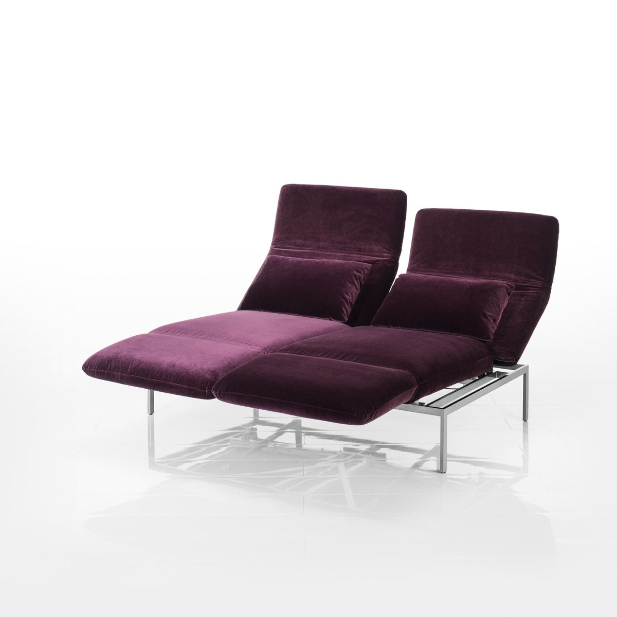 Hier finden Sie das Sofa Roro medium von Brühl. Mit Bewertungen, Produktdaten und der Möglichkeit, es online nach Ihren Wünschen zu konfigurieren.