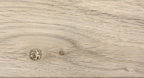 04-Eiche-mit-knoten-Milchweiss-pigmentiert-med_ROVERE-CON-NODI-PIGMENTATO-BIANCO-LATTEO_CERA