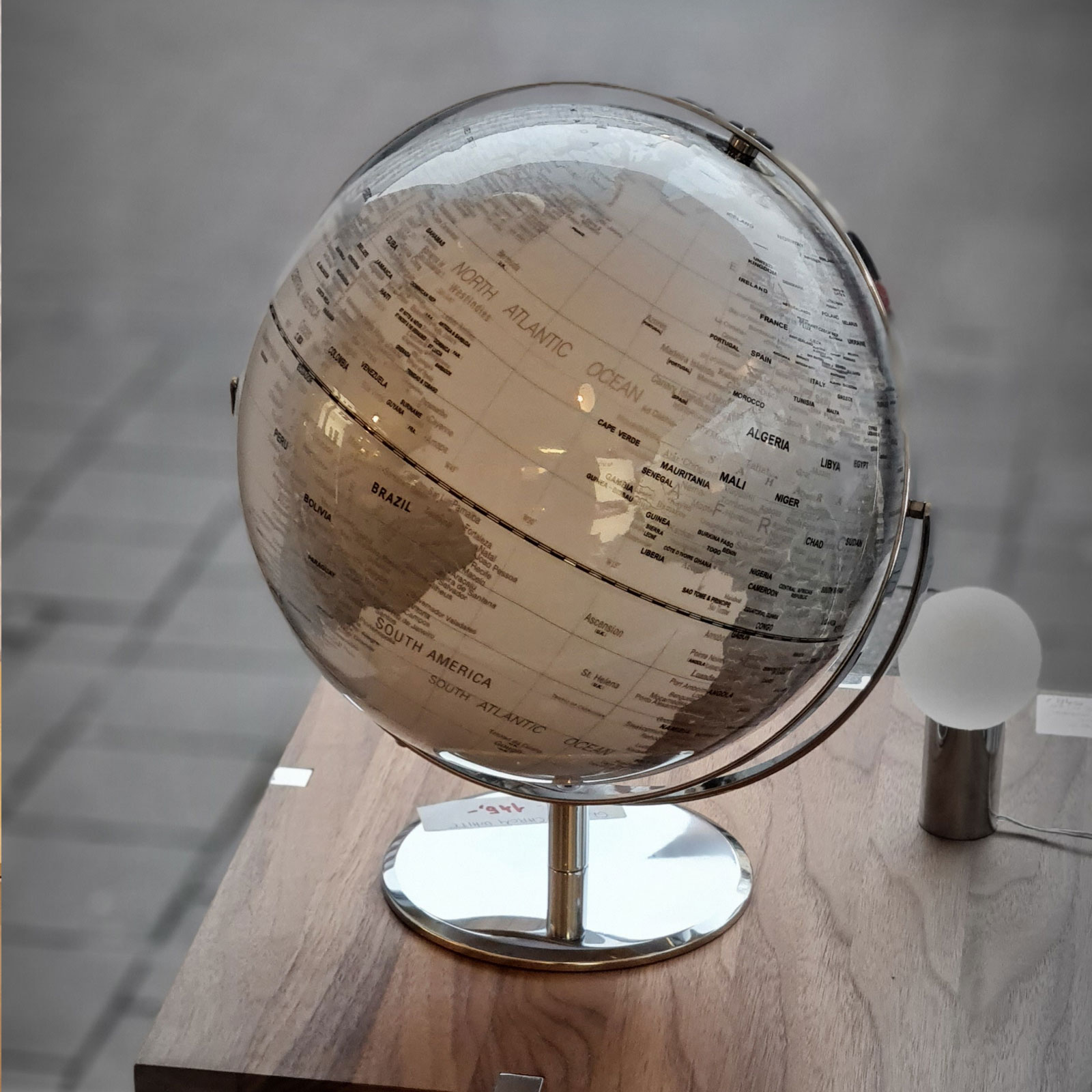 Globe 03 1