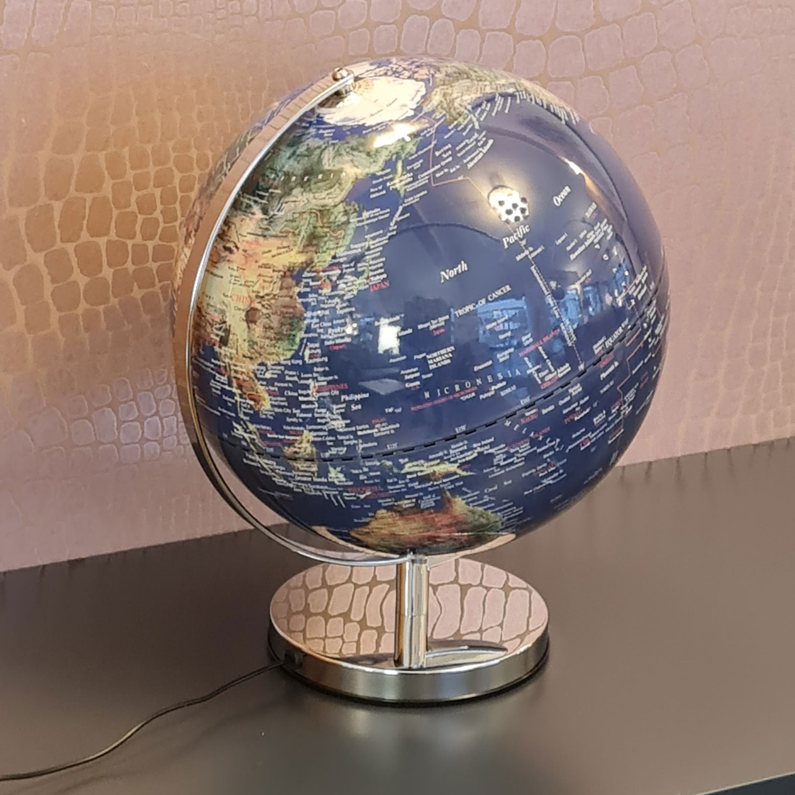 Globe 05 2
