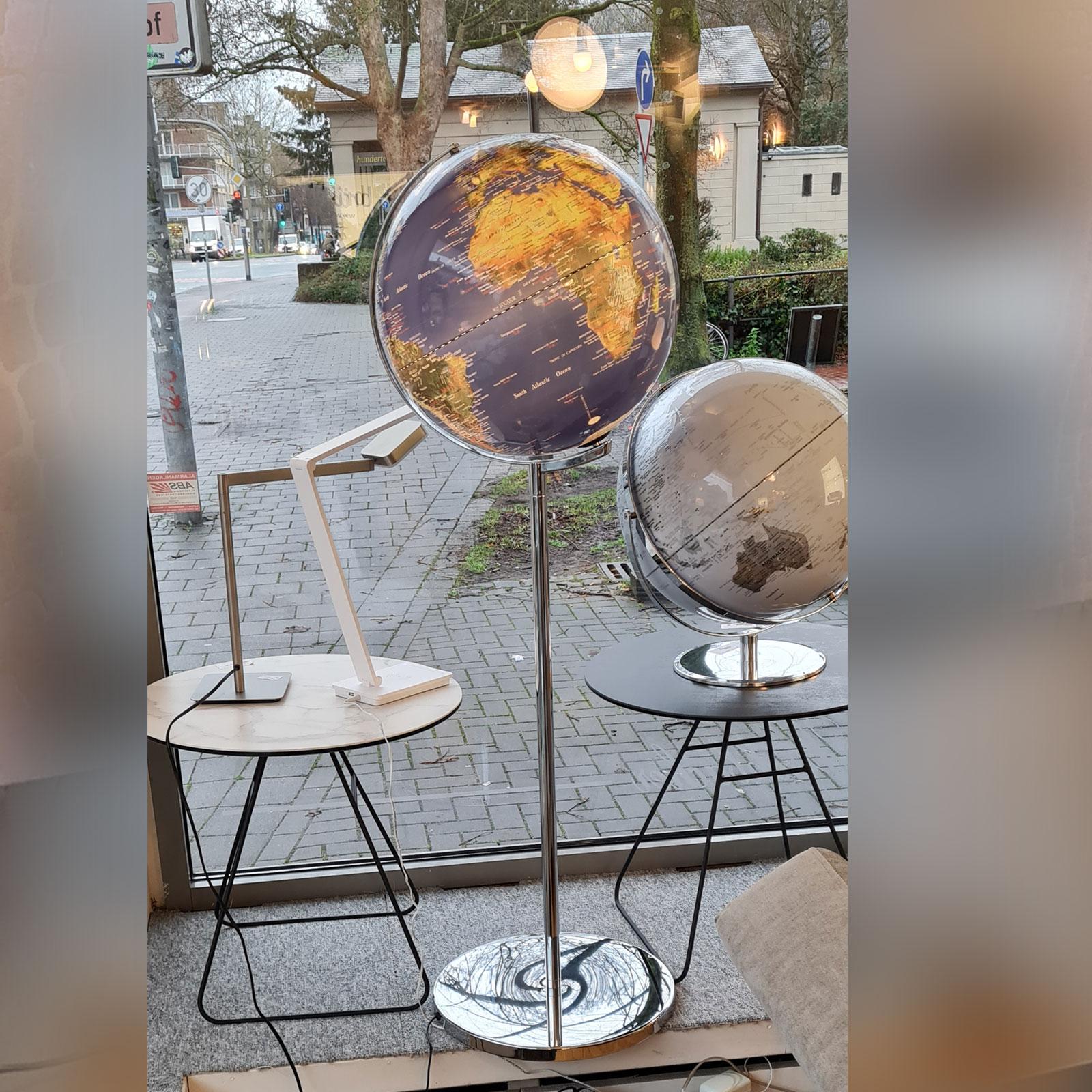 Globe 06 1
