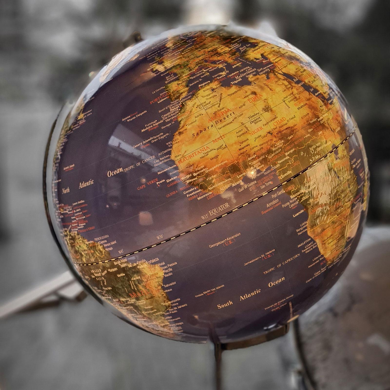 Globe 06 2