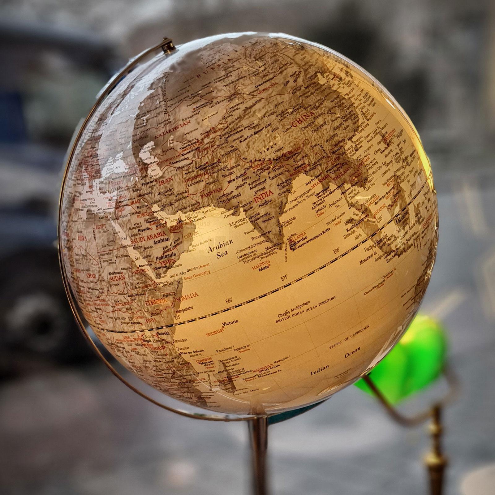 Globe 07 2